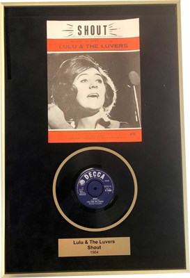 """Lot 9 - LULU - 'SHOUT' 7"""" AND SHEET MUSIC, FRAMED AND SIGNED BY LULU"""