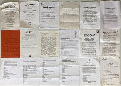 Lot 15 - LARGE COLLECTION OF PRESS AND PROMOTIONAL ITEMS - RAMONES / CHRYSALIS AND MORE.
