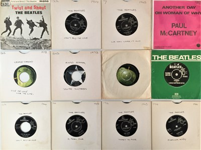 """Lot 866 - THE BEATLES/ ROLLING STONES/ DAVID BOWIE - 7"""" COLLECTION"""