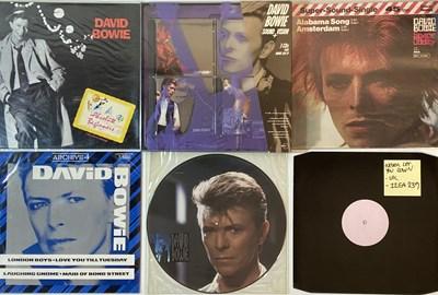 "Lot 912 - DAVID BOWIE - 12""/SHAPED DISC COLLECTION PLUS CD BOX SET"