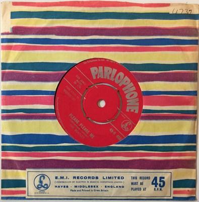 "Lot 15 - THE BEATLES - PLEASE PLEASE ME 7"" (ORIGINAL UK 'RED PARLOPHONE' COPY - 45-R 4949)"