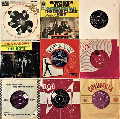 """Lot 50 - SIGNED 60s 7"""" SINGLES"""