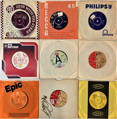 """Lot 51 - SIGNED 70s/ 80s 7"""" SINGLES"""