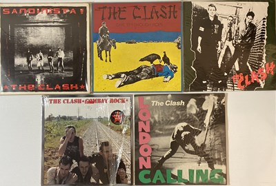 Lot 4 - THE CLASH - LPs