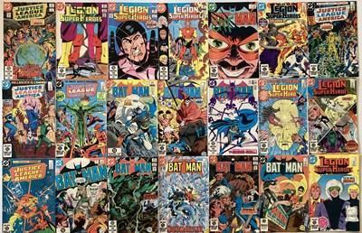 Lot 27D-BATMAN / DC COMICS