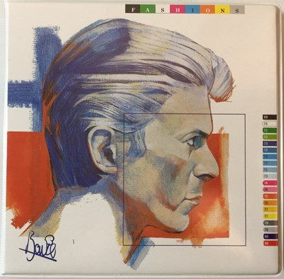 "Lot 15 - David Bowie - Fashions (10 x 7"" Set, BOW 100)"