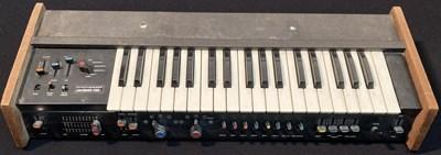 Lot 1 - Korg Mini Korg 700 Synthesizer - 1