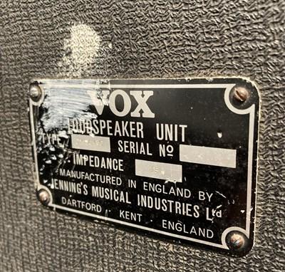 Lot 4 - Vox V125 Bass Amplifier and Speaker - lot 4