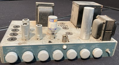 Lot 19 - Vintage Audio Equipment - 1950s RCA Tube Amp - 19