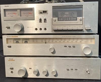 Lot 20 - Philips Hi-Fi - 302 Stereo Amplifier - 20