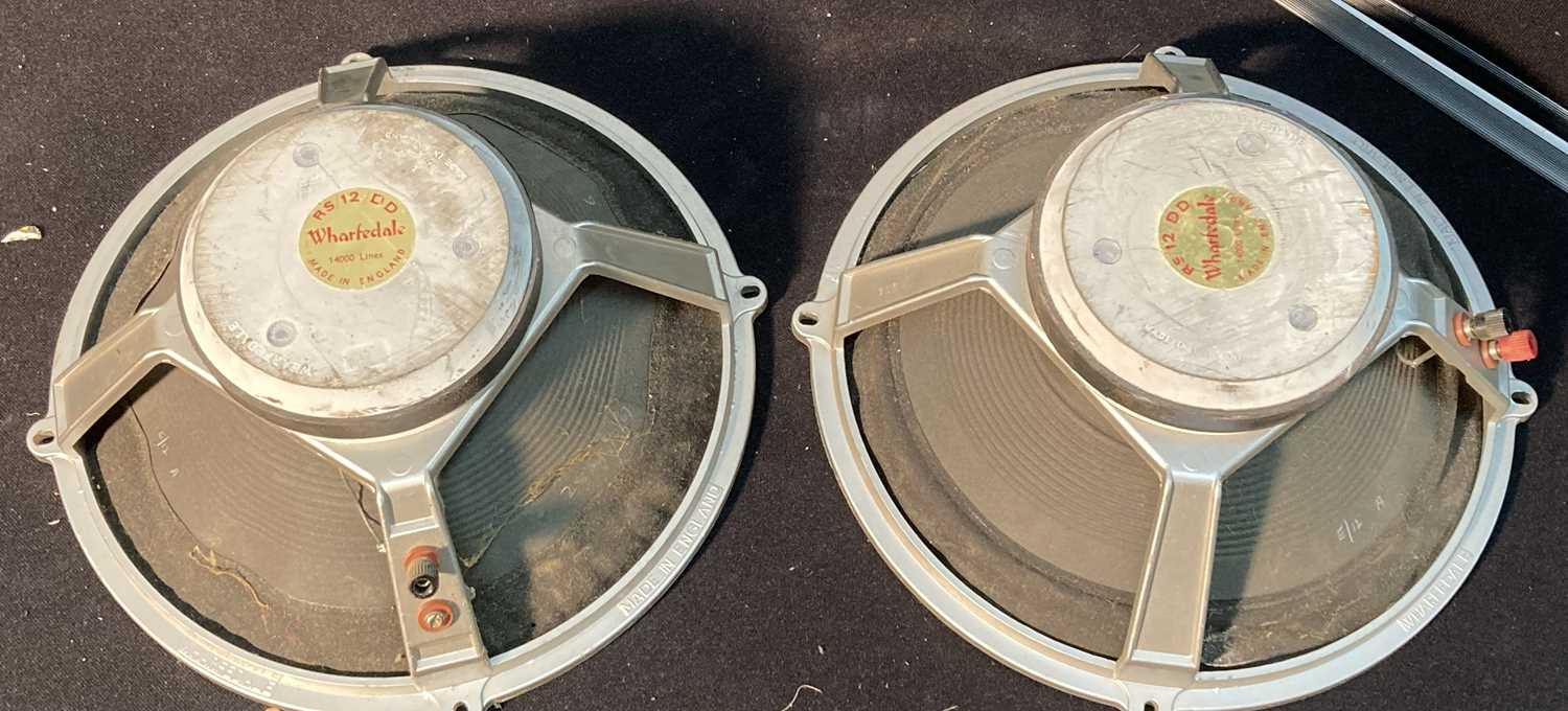 Lot 28 - Speakers - Wharfedale RS 12 DD - 28