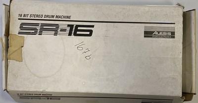 Lot 39 - ALESIS SR-16 DRUM MACHINE.