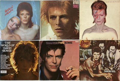 "Lot 952 - DAVID BOWIE - 7""/LP COLLECTION"
