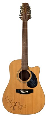 Lot 413 - DAVID BOWIE OWNED AND USED SIGNED TAKAMINE ACOUSTIC ELECTRIC GUITAR.
