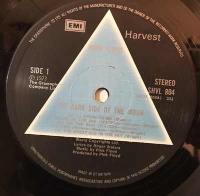 Lot 19 - PINK FLOYD - THE DARK SIDE OF THE MOON LP (SOLID BLUE TRIANGLE - SHVL 804)