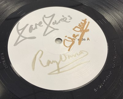 Lot 44 - THE KINKS - LOLA VERSUS POWERMAN AND THE MONEYGOROUND LP - (SIGNED 2020 WHITE LABEL TEST PRESSING)
