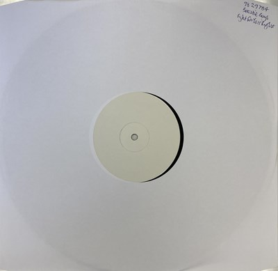 """Lot 69 - BEASTIE BOYS - FIGHT FOR YOUR RIGHT 12"""" (2005 WHITE LABEL TEST PRESSING)"""