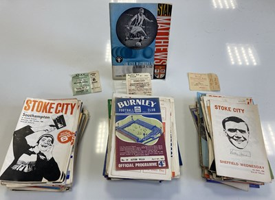Lot 184 - 1950S AND 1960S FOOTBALL PROGRAMMES.