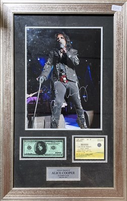 Lot 395 - ALICE COOPER SIGNED DISPLAY.